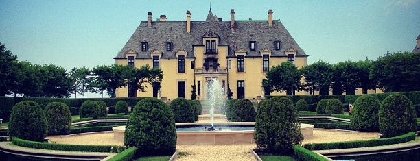 OHEKA CASTLE Hotel & Estate is one of 💗.
