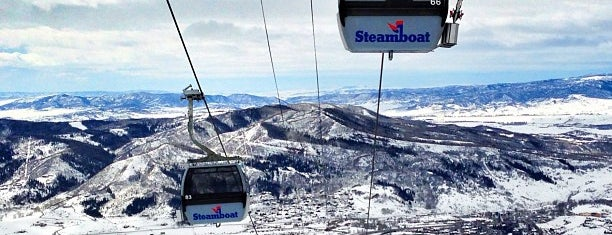 Steamboat Resort is one of Lugares favoritos de Charlie.