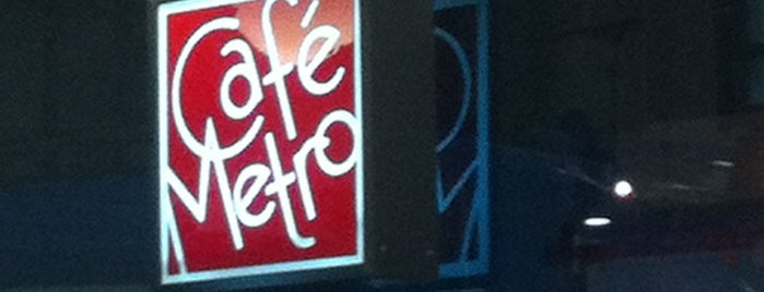 Cafe Metro is one of Locais curtidos por Jessica.