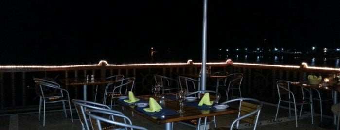 Oyster Bar is one of Ixtapa.
