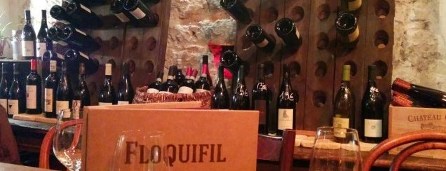Floquifil is one of The VERY best wine bars in Paris.