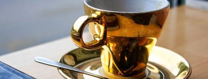 Kaffee Alchemie is one of Austria #4sq365at Zwoa (Two).