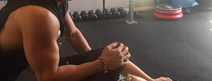 Mansion Fitness is one of LA Places To Go.