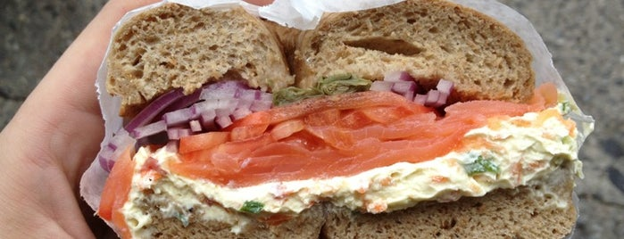 La Bagel Delight is one of New York food.