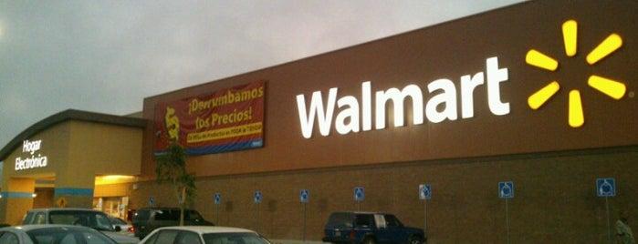 Walmart Ensenada Centro is one of Tadashi'nin Beğendiği Mekanlar.