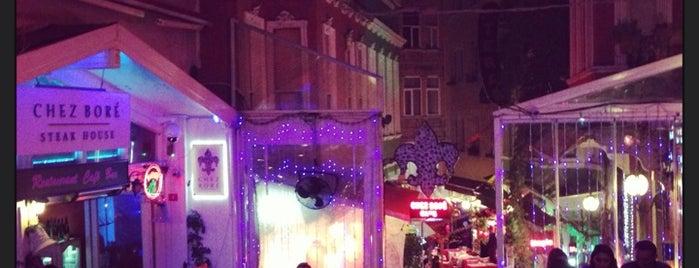Café de La Fée is one of Beyoğlunights.