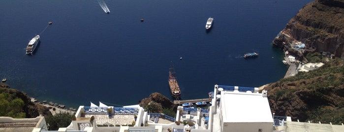 Santorini Port is one of Tempat yang Disukai Hulya.