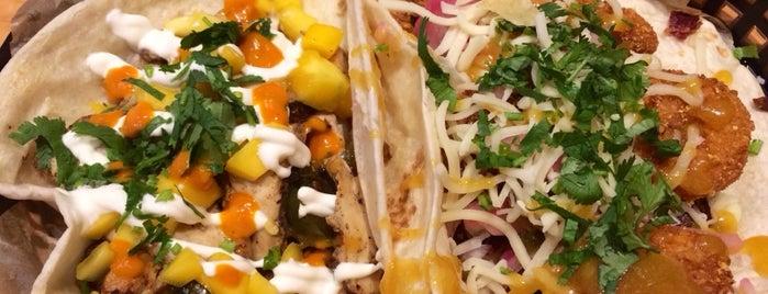 Torchy's Tacos is one of Lauren 님이 좋아한 장소.