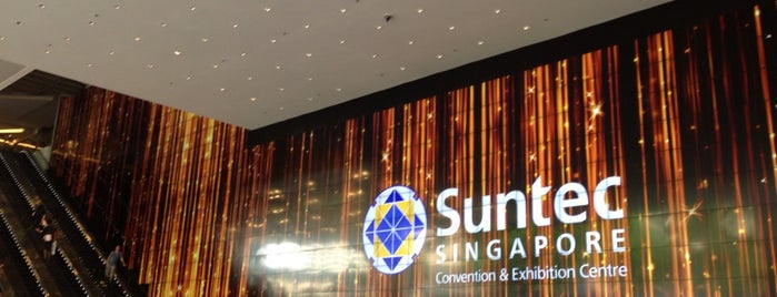 Suntec Singapore Convention & Exhibition Centre is one of Gespeicherte Orte von PenSieve.
