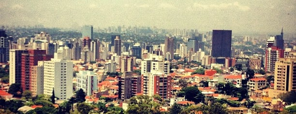 Sao Paulo is one of Lieux qui ont plu à Paty.