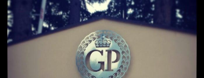 Gloria Palace is one of Mandja.