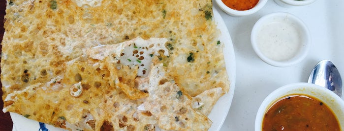 Madurai Modern Cafe is one of Tempat yang Disukai Abhinav.