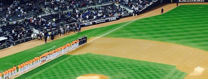Yankee Stadium is one of Orte, die IrmaZandl gefallen.