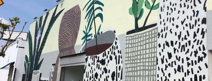 LA><ART is one of IrmaZandl'ın Beğendiği Mekanlar.