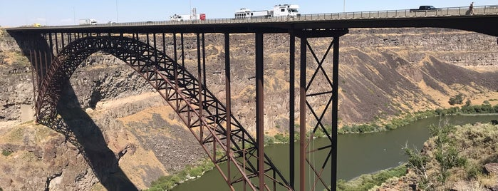 Perrine Bridge Scenic Overlook is one of Lugares favoritos de IrmaZandl.