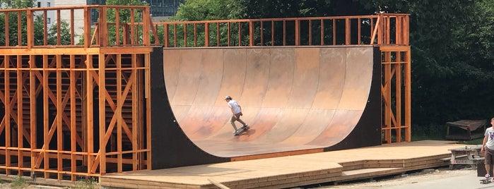 Fælledparkens Skatepark is one of Locais curtidos por IrmaZandl.