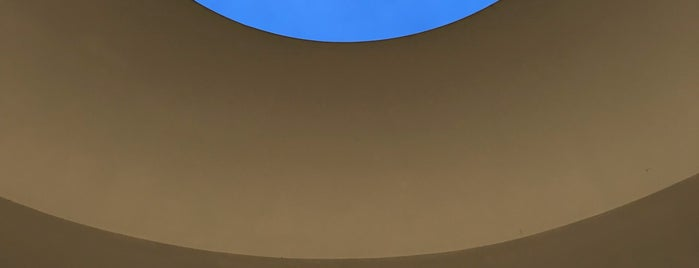 "James Turrell ""The Way of Color"" is one of Lugares favoritos de IrmaZandl."