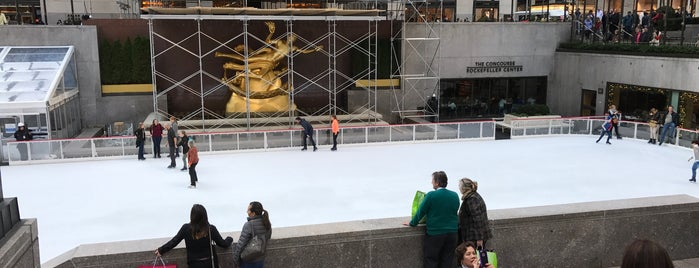 Rockefeller Center is one of Posti che sono piaciuti a IrmaZandl.