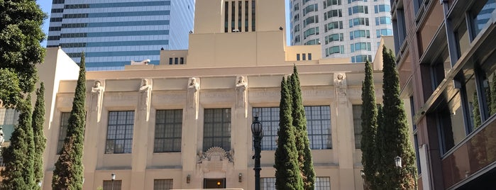 Los Angeles Public Library - Central is one of Locais curtidos por IrmaZandl.