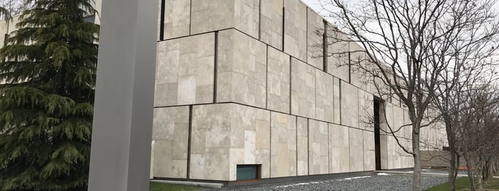 The Barnes Foundation is one of Posti che sono piaciuti a IrmaZandl.