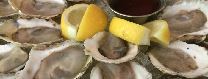 Zadie's Oyster Room is one of Happy hour.
