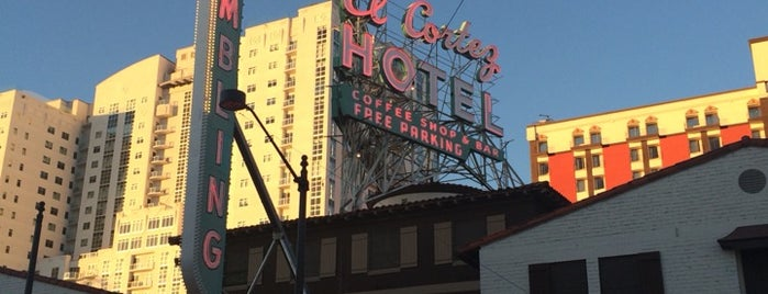 El Cortez Hotel & Casino is one of Locais curtidos por IrmaZandl.