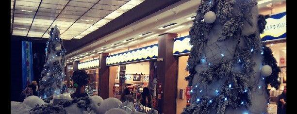 ТРК «Модный променад» is one of Все торговые центры Санкт-Петербурга.
