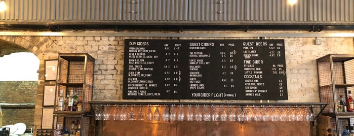 Hawkes Cidery & Taproom is one of Locais curtidos por Carl.