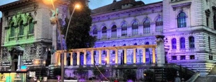 Palais de Rumine is one of Tempat yang Disukai Can.