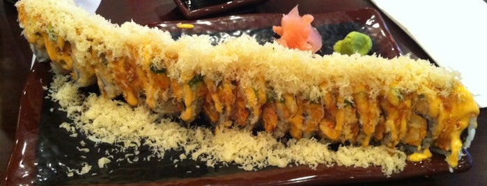 Sakura Japanese Restaurant is one of Posti che sono piaciuti a Fernando.