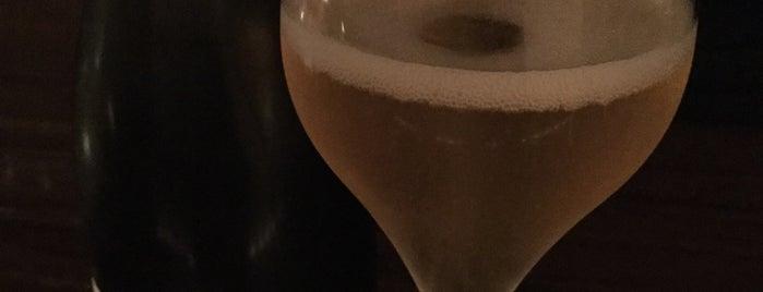 Le Wine Bar Fukurou is one of Tempat yang Disukai Alo.