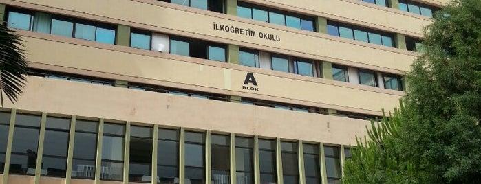 İzmir Özel Fatih Koleji is one of Aliさんのお気に入りスポット.