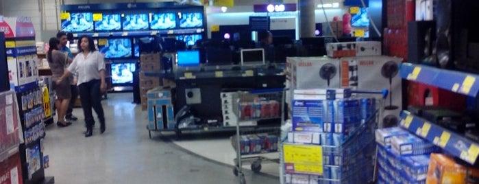 Walmart is one of Leandro : понравившиеся места.