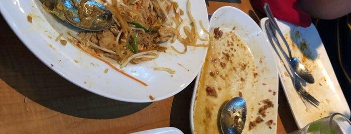 Thai Chef is one of Orte, die Rob gefallen.