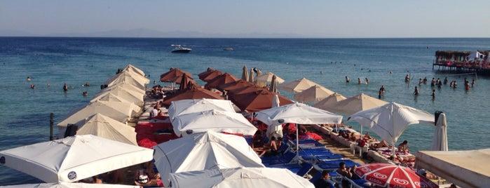 Sensation Beach Club is one of Tempat yang Disukai Tunç.