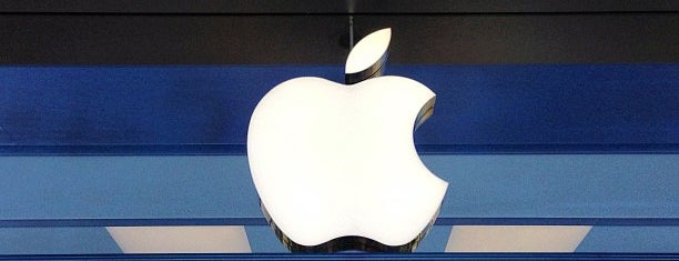 Apple The Promenade at Chenal is one of Little Rock.