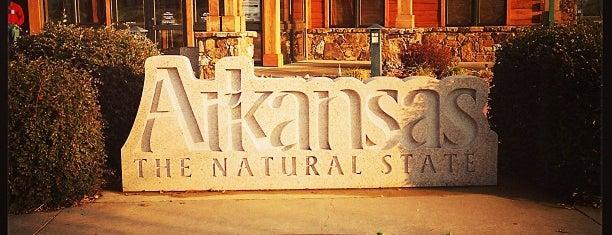 The Arkansas Welcome Center is one of Locais curtidos por Audra.