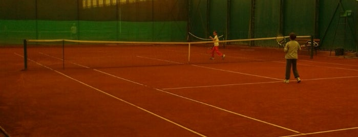 Tennis Club ClayPark is one of JoJoさんのお気に入りスポット.