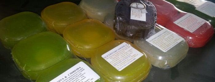 Loja de sabonetes e cosméticos naturais Sarandi is one of Poços de Caldas.