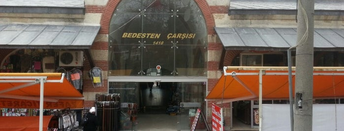 Bedesten Çarşısı is one of Lieux qui ont plu à Fatih.