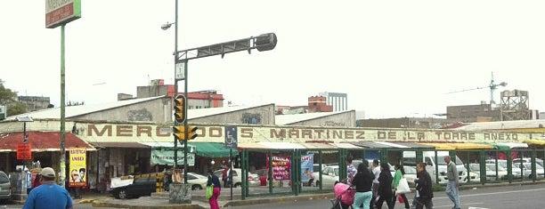Mercado Martínez de La Torre is one of สถานที่ที่ Addie ถูกใจ.
