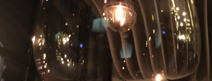 Restaurant Matador Grill&vine is one of Maksimさんのお気に入りスポット.