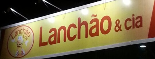 Lanchão & Cia is one of Lieux qui ont plu à Fabrício.