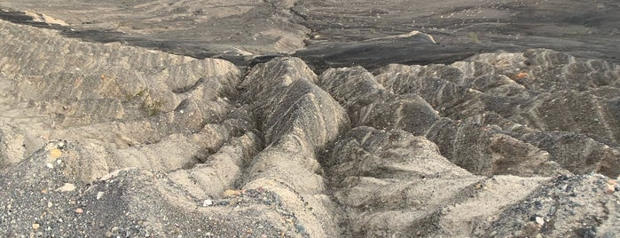 Ubehebe Crater is one of Crystal : понравившиеся места.