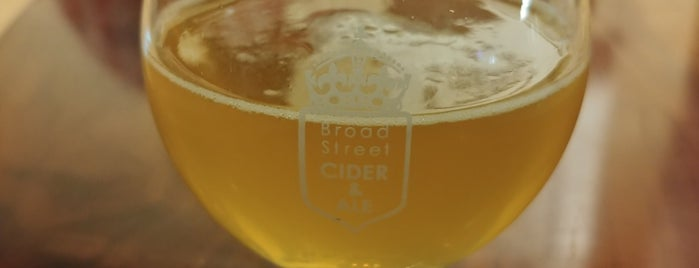 Broad Street Cider & Ale is one of Locais curtidos por Michael.