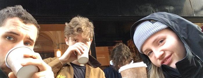 Small Street Espresso is one of Locais curtidos por A.