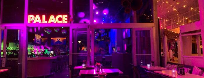 Palace Bar is one of Tempat yang Disukai Mario.