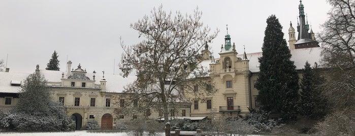 Zámek Průhonice is one of Praha.