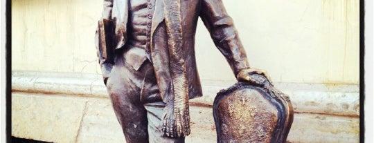 Памятник Остапу Бендеру is one of Lieux sauvegardés par Андрей.