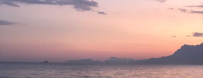 Turunç Beach is one of Posti che sono piaciuti a ali kaptan.